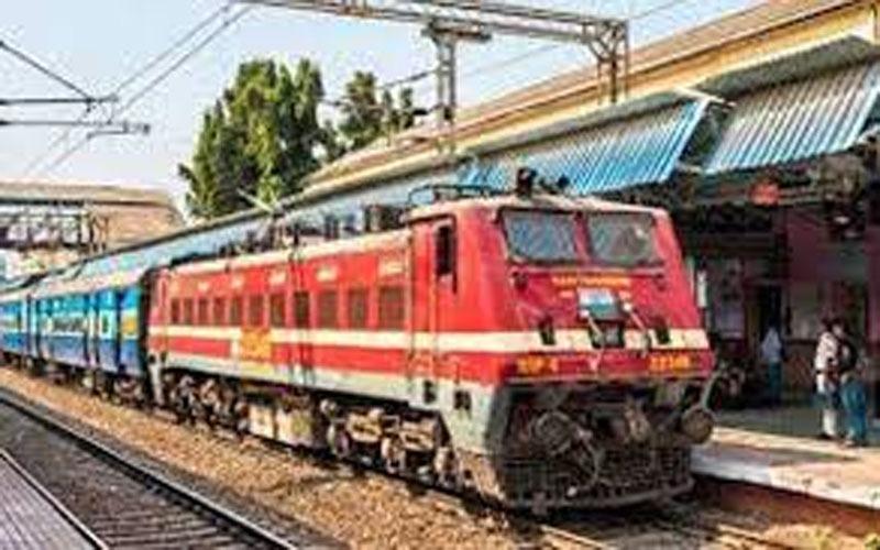 छत्तीसगढ़ के लोगों को लाने 21 स्पेशल ट्रेनों का इंतजाम, रेलवे को अब तक 71.93 लाख रुपए भुगतान